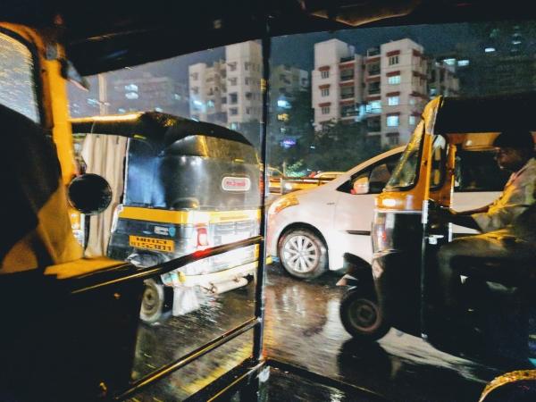인도 뭄바이의 택시들
