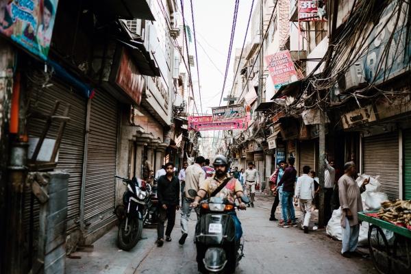 인도의 수도 델리의 골목